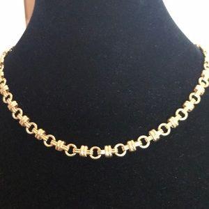 Trifari vintage chunky gold choker/necklace EUC
